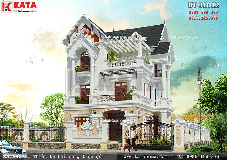 Mẫu thiết kế biệt thự 3 tầng mái Thái tân cổ điển đẹp hoàn hảo khi nhìn từ ngoài vào trong