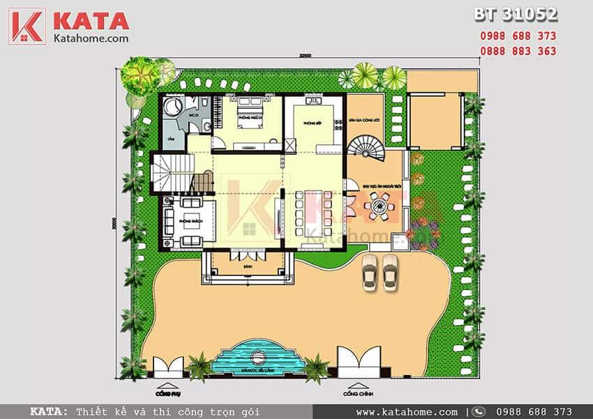 Mặt bằng tổng quát bố trí đồ nội thất và sân vườn khu đất của mẫu thiết kế biệt thự đẹp 3 tầng mái Thái