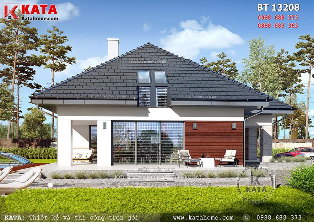 Không gian sân vườn giúp tôn lên tổng thể mẫu nhà biệt thự cấp 4 mái Thái - Mã số: BT 13208