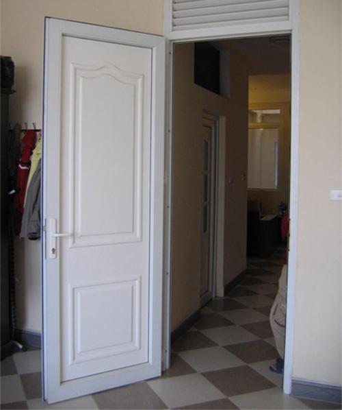 Kích thước lỗ ban cửa đi với cửa đi 1 cánh mở quay