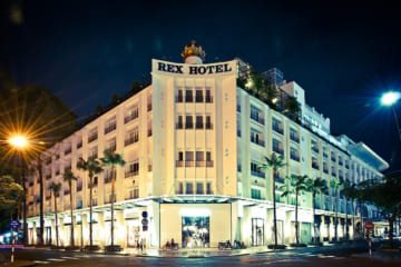 Không gian ngoại thất của khách sạn REX 1