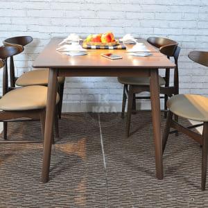 Mẫu bàn ăn Lunar đẹp kiểu cách hiện đại