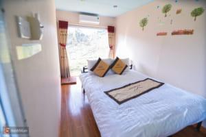 Giá cho 1 đêm ngủ lại tại bungalow container là 800k.