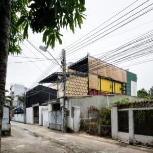 Ccasa Hosrel nằm ở vị trí rất thuận tiện chỉ cách biển Nha Trang 3 phút đi bộ