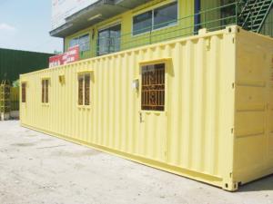 Container văn phòng thường được sử dụng ở công trường xây dựng, công xưởng, hoặc những vùng núi xa xôi