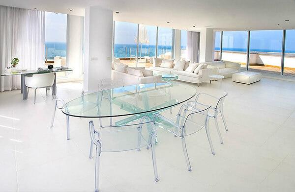 Bộ bàn ăn đẹp với ghế thủy tinh