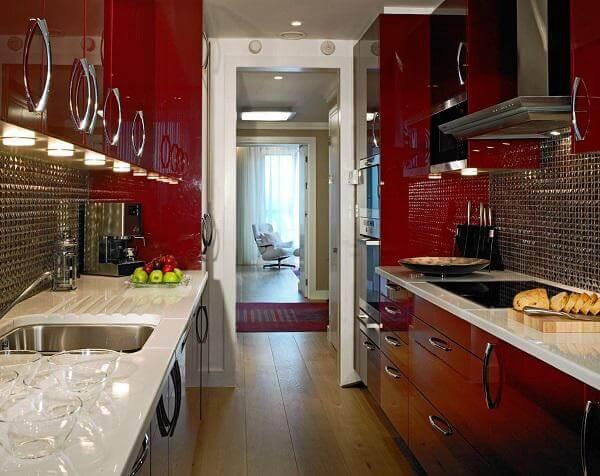 Mẫu tủ bếp đẹp dạng dài, hiện đại