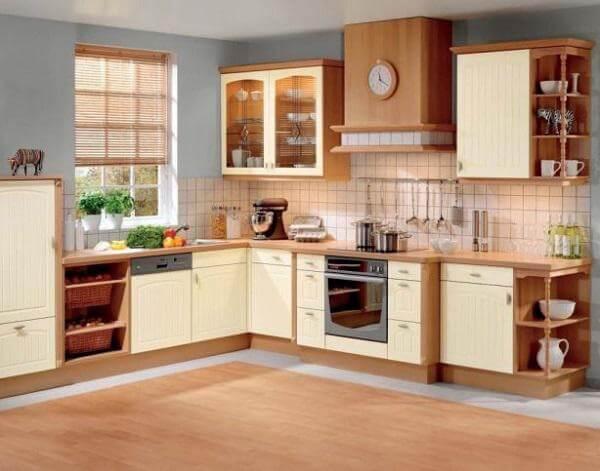 Tận dụng tường làm mẫu tủ bếp đẹp