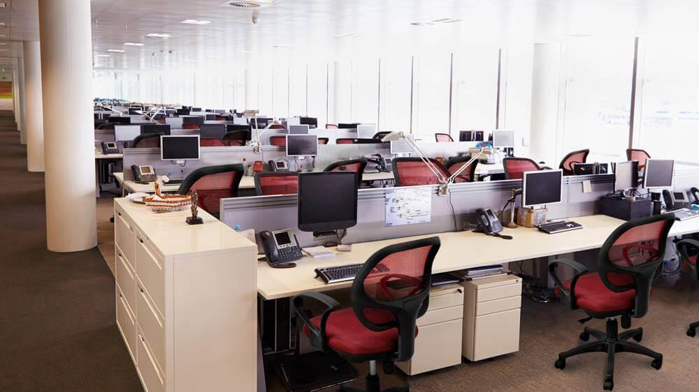 Kích thước ghế xoay phù hợp với bàn làm việc và với vóc dáng người ngồi