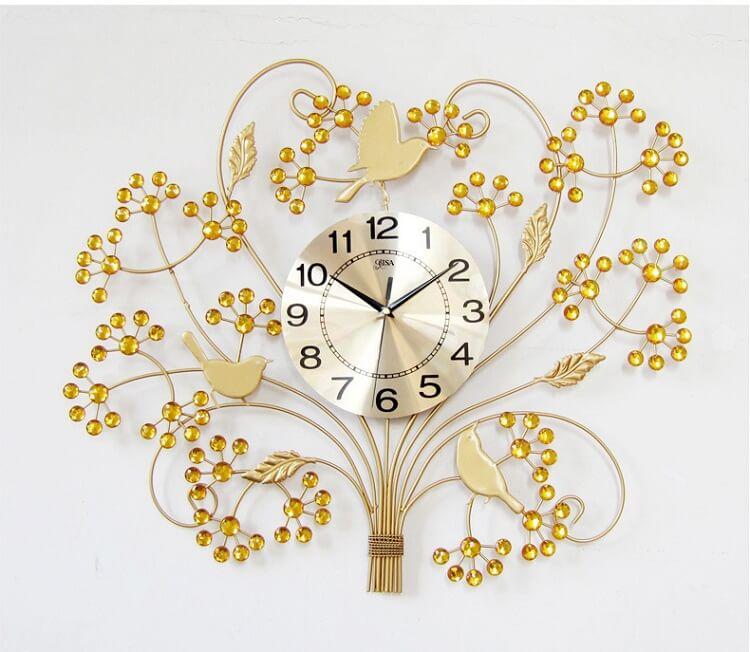 Những điều nên và không nên làm khi sử dụng đồng hồ treo tường - 1