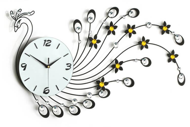 Những điều nên và không nên làm khi sử dụng đồng hồ treo tường