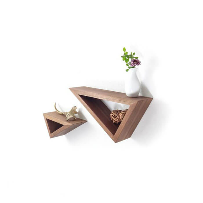 Kệ sách treo tường tam giác