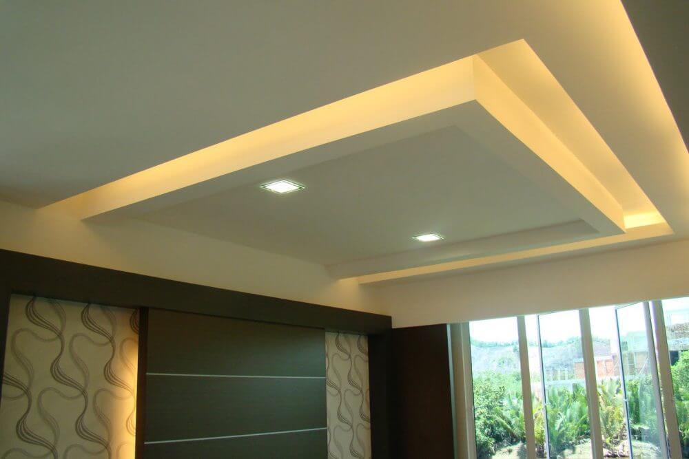 Trần thạch cao phòng khách mang phong cách kiến trúc hiện đại