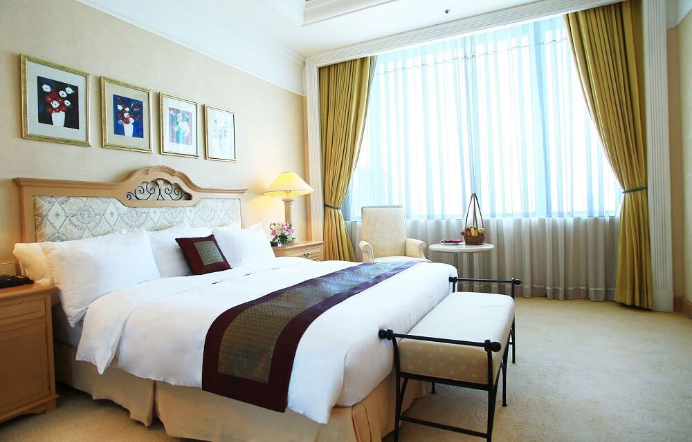 Phòng Senator Suite - Khách sạn Deawoo Hà Nội