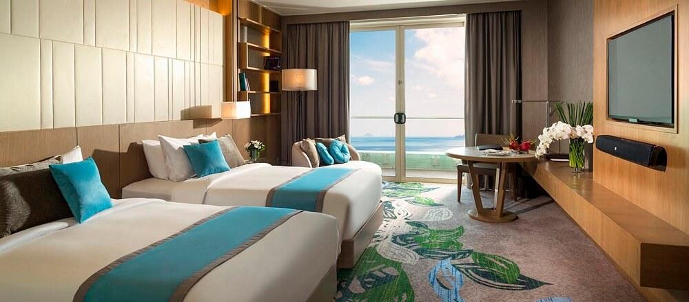 Phòng Deluxe hướng biển - Khách sạn InterContinental Nha Trang