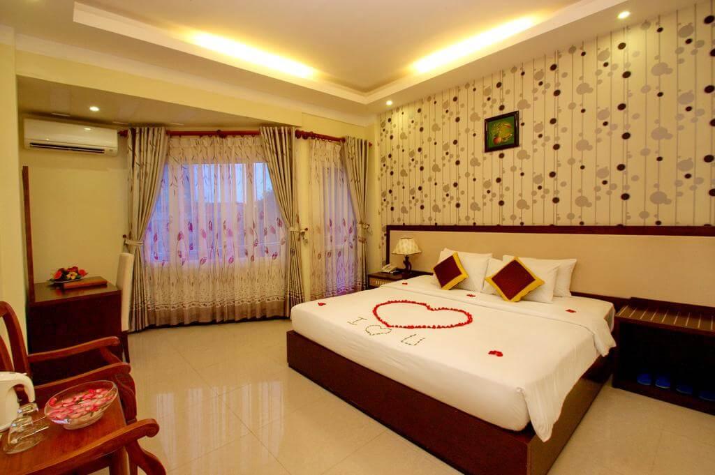 Phòng Standard - Khách sạn Luxury Nha Trang