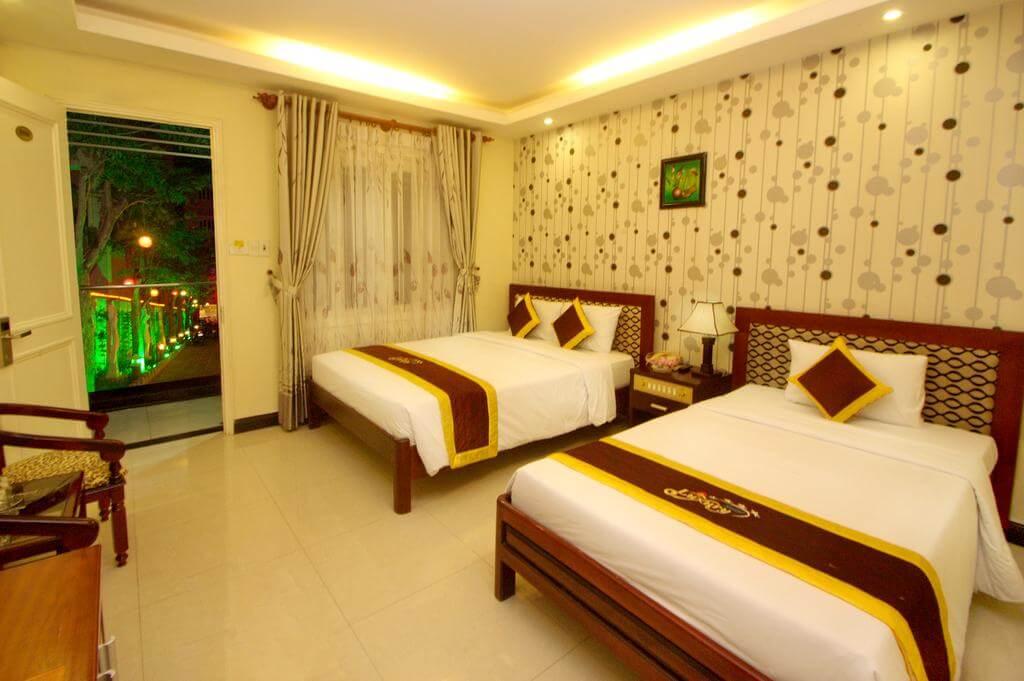 Phòng Senior Deluxe - Khách sạn Luxury Nha Trang