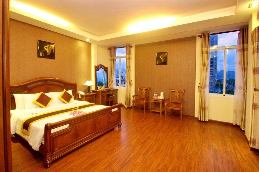 Phòng Luxury Deluxe - Khách sạn Luxury Nha Trang