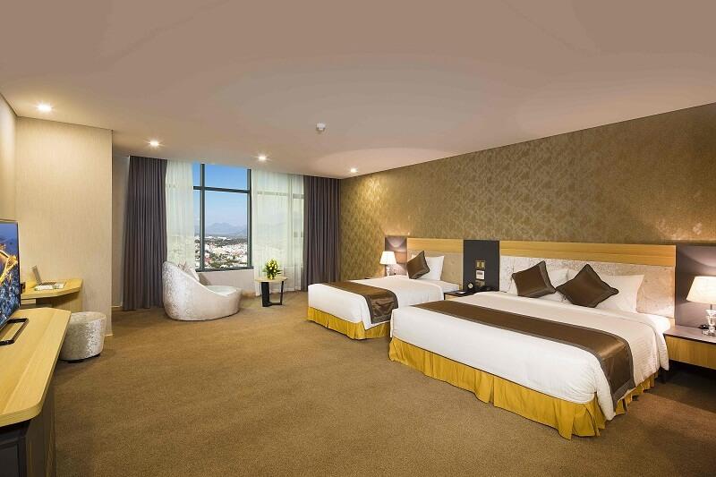 Phòng Deluxe King - Khách sạn Mường Thanh Nha Trang