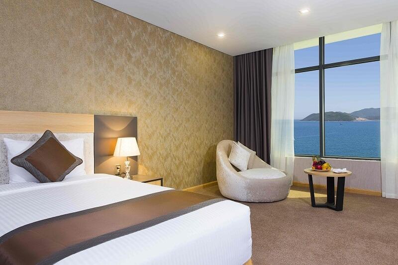 Phòng Deluxe Twin - Khách sạn Mường Thanh Nha Trang