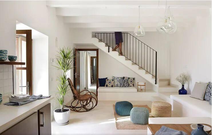 Phòng khách nhỏ nhưng không gian ấm cúng và gần gũi