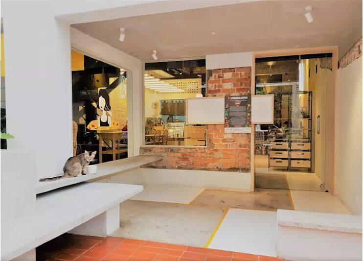 Lối vào thông thoáng và đáng yêu - Thiết kế quán Cafe