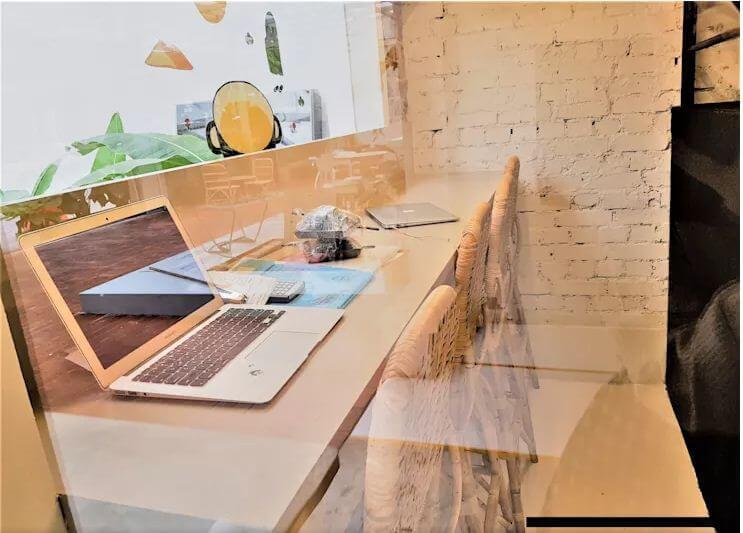 Góc đọc sách và làm việc đa năng - Thiết kế quán Cafe