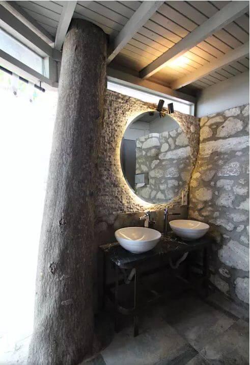 Phòng vệ sinh độc đáo - Thiết kế Cà phê sân vườn