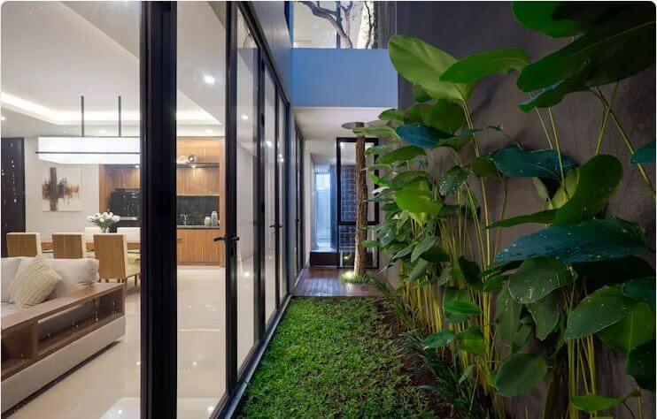 Thiết kế sân vườn độc đáo - Ngôi nhà phố 2 tầng hiện đại đẹp