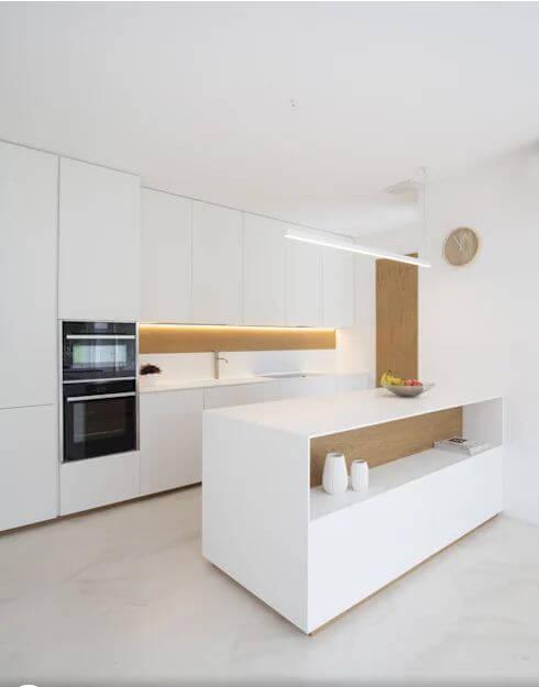 Không gian phòng bếp cực kỳ sáng sủa - Mẫu biệt thự 2 tầng đẹp - 1