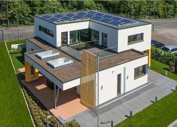 Ứng dụng hệ thống pin năng lượng mặt trời - Mẫu nhà 2 tầng 186m2