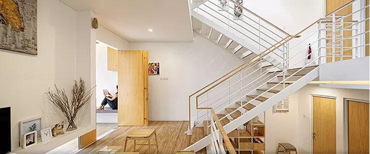 Không gian nội thất với chất liệu gỗ làm chủ đạo - Mẫu nhà phố 2 tầng 1 lửng