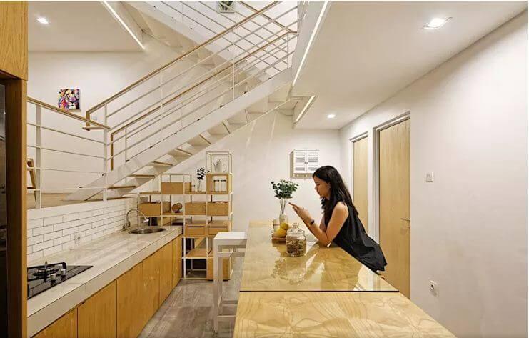 Không gian nội thất với chất liệu gỗ làm chủ đạo - Mẫu nhà phố 2 tầng 1 lửng - 1