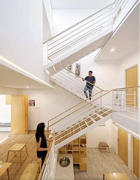 Không gian nội thất với chất liệu gỗ làm chủ đạo - Mẫu nhà phố 2 tầng 1 lửng - 2