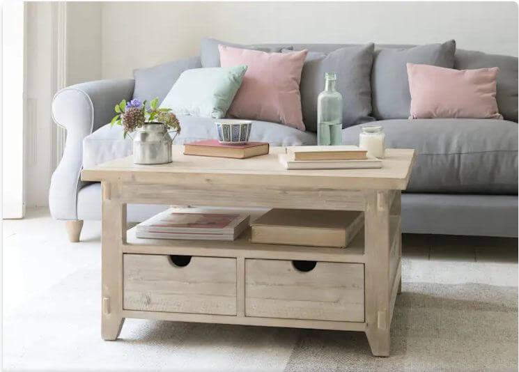 Bàn gỗ kiểu cổ điển - Mẫu bàn trà đẹp