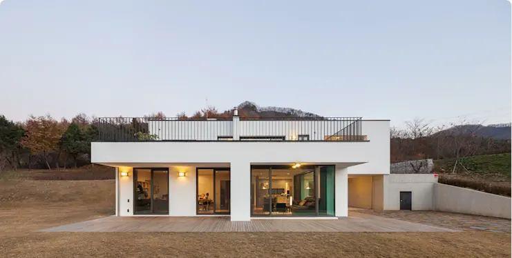 Thiết kế hiện đại với lan can đẹp mắt - Mặt tiền nhà đẹp