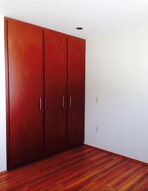 Tủ gỗ đỏ nổi bật - Thiết kế tủ gỗ
