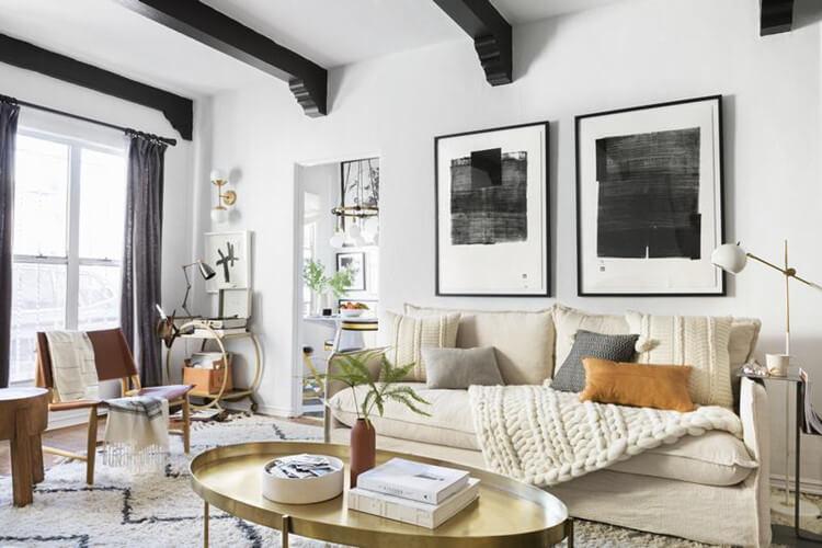 Treo các tác phẩm nghệ thuật hội họa - Trang trí phòng khách đẹp