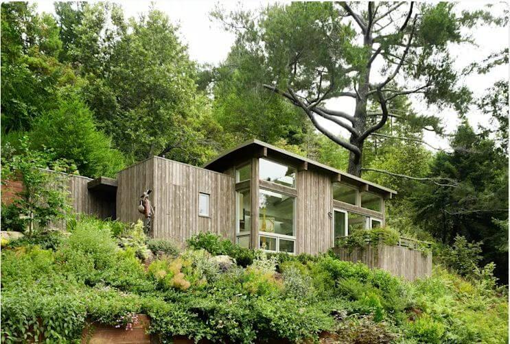 Làm mát không gian nhà với rèm và cửa gỗ - Cách chống nóng