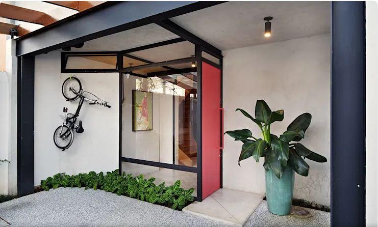 Lối vào chính thu hút - Mẫu nhà nhỏ 2 tầng
