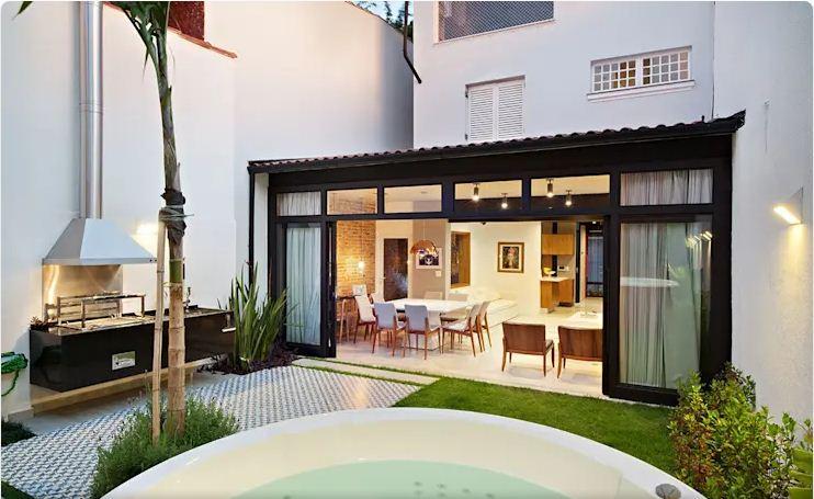 Hiện đại, tiện nghi, xanh mát của mẫu nhà nhỏ 2 tầng