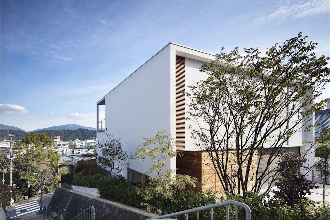 Thành phố thu trọn trong tầm view - Nhà Nhật 2 tầng