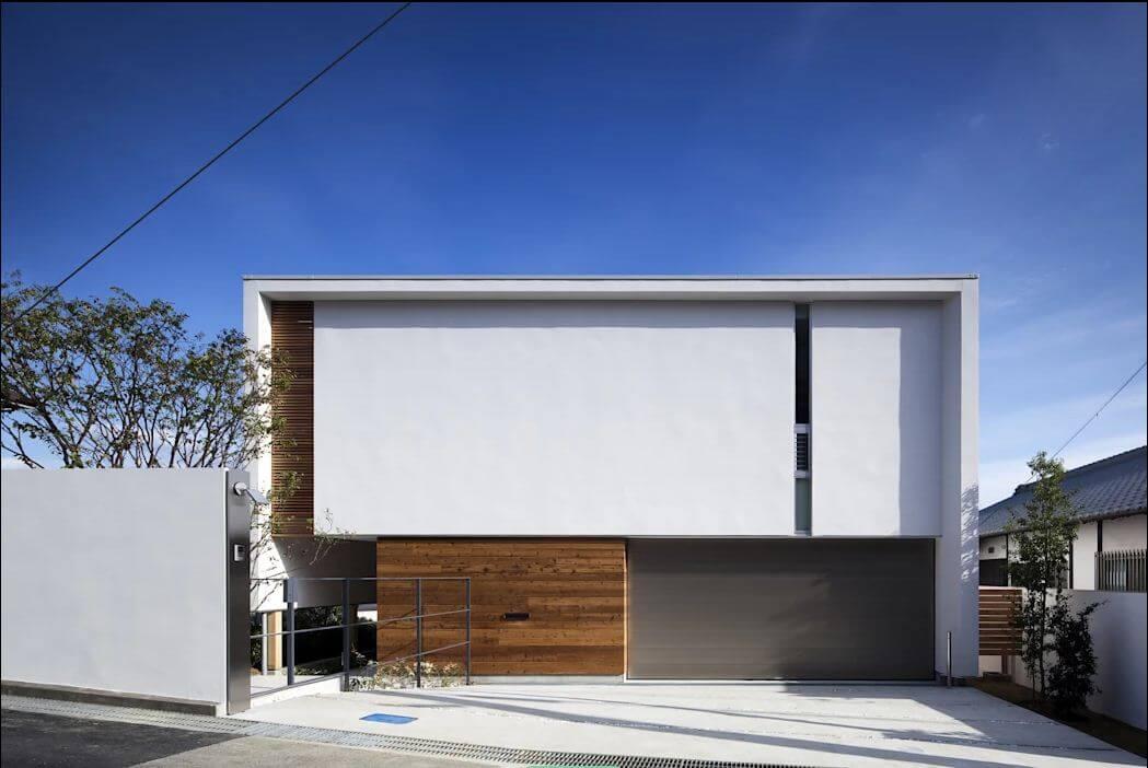 Mặt tiền với tính riêng tư cao - Nhà Nhật 2 tầng