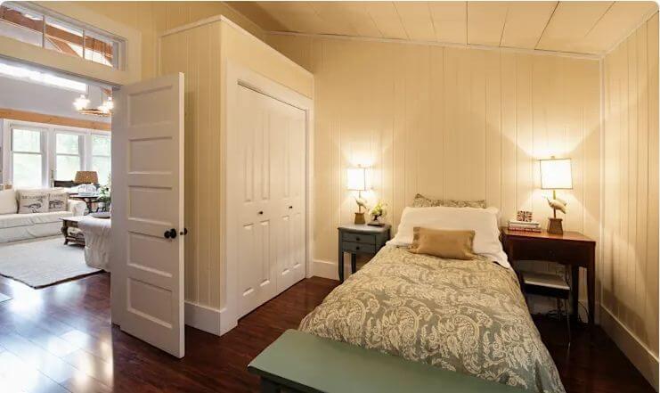 Phòng ngủ giản dị và thoải mái - Ngôi nhà đồng quê
