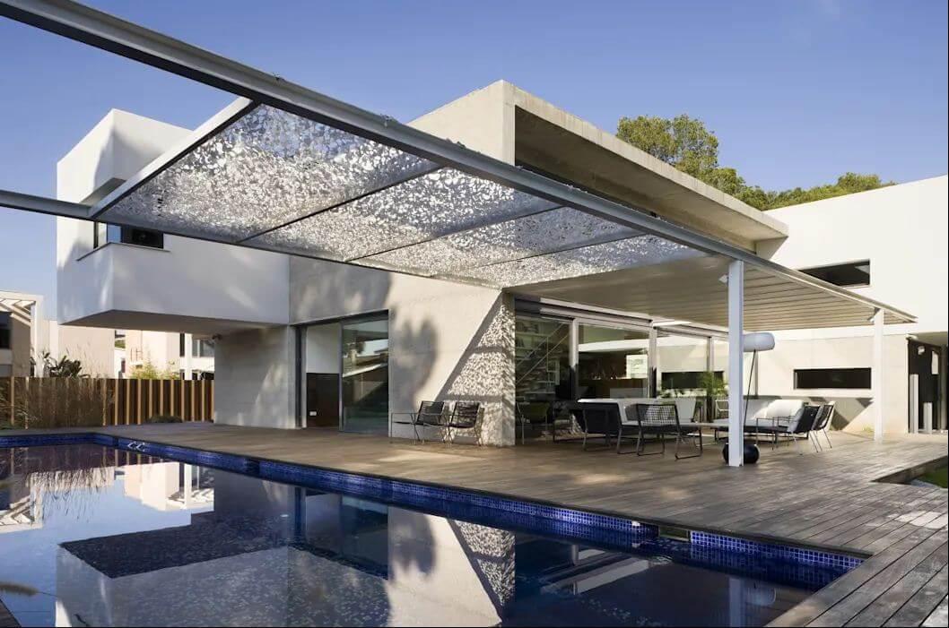 Bể bơi ngoài trời - Kiến trúc nhà đẹp 2 tầng
