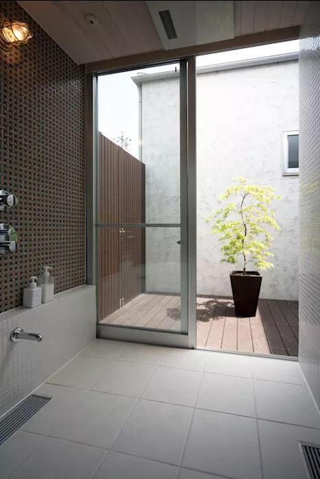 Phòng tắm hiện đại - Mẫu nhà 1 trệt 1 lửng đẹp