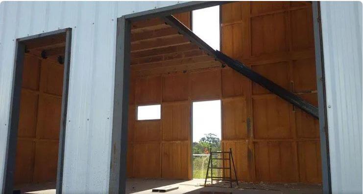 Lớp gỗ lót che tường - Xây nhà cấp 4
