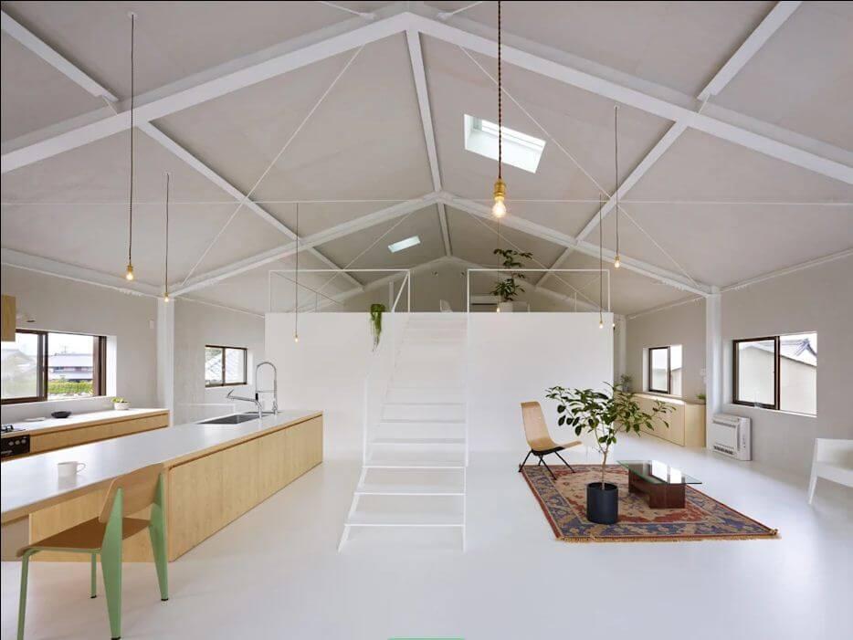 Trần sơn trắng lộ kết cấu - Mẫu trần nhà đẹp