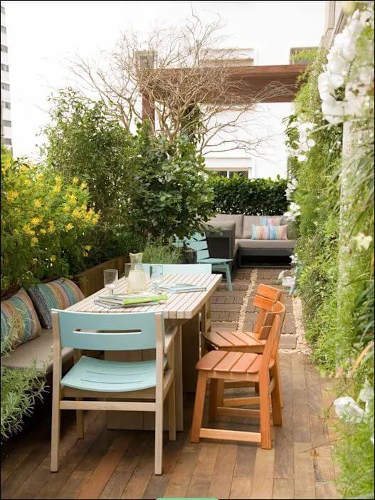 Bàn trà giữa vườn - Thiết kế ngoại thất nhà đẹp