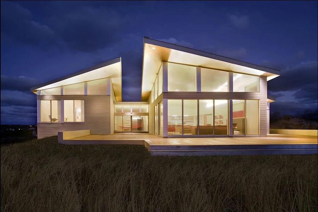 Không gian ngoại thất của mẫu nhà mái nghiêng
